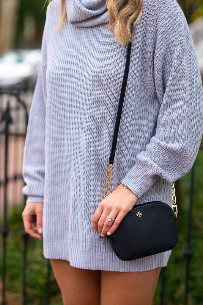 winter-fashion-pinterest-2019-loose-sweater-dress-gray-chelsea-adams-blog-revolve-dress-lenox-dress-turtleneck-tory-burch-crossbody-black-winter-outfit-idea-2019-loose-sweater-dress-womens-look-2
